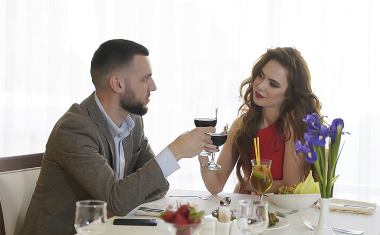 Ресторанный этикет для мужчин и женщин